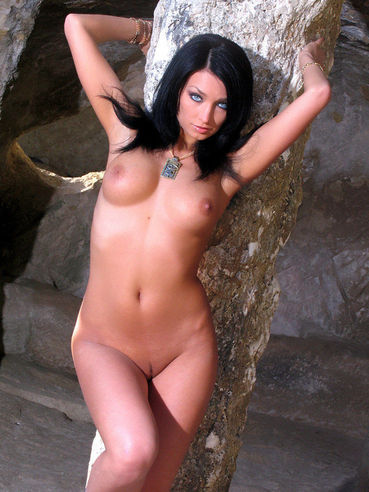 Blue Eyed Brunette Girl Anna Ap In Heels Poses In Her Bare Skin Outdoors