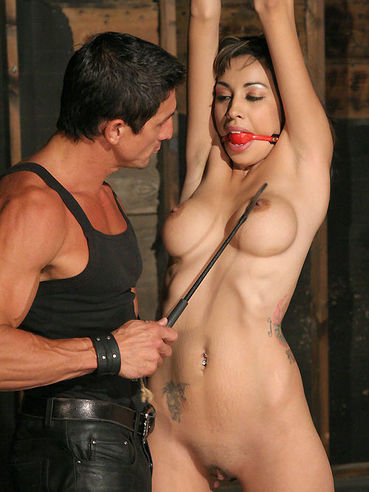 The Helpless Girl Sisi Sinaloa Gets Cruelly Bound And Furiously Ravished By Master Tommy Gunn