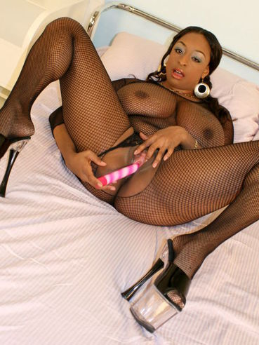 Massive Titted Black Fattie Carmen Hayes In Body Stocking Takes Pink Vibrator In Her Hole