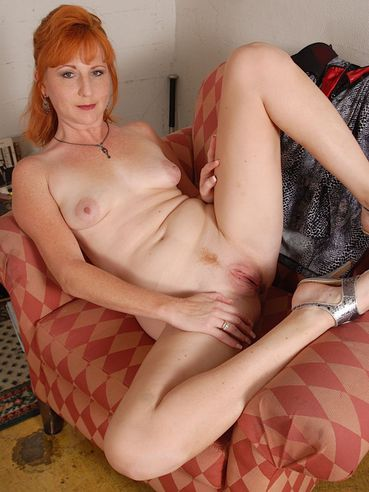 Oral sex with sexy girlfriend